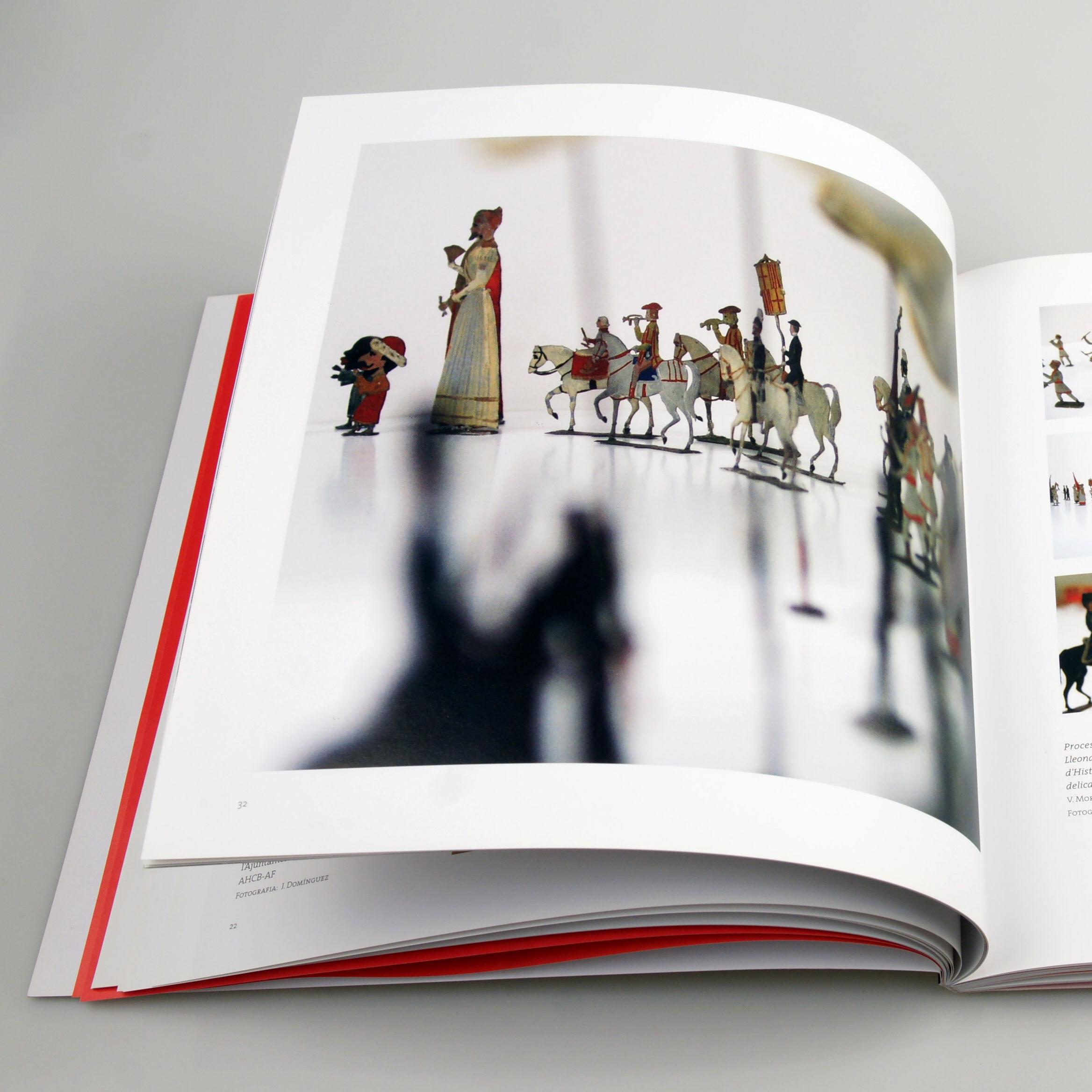 Detalle pagina. Diseño editorial Libro El Corpus