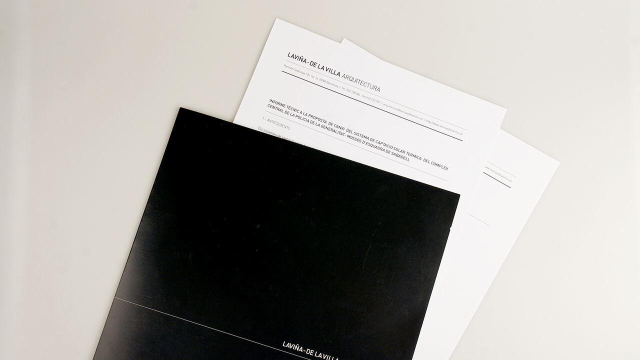 Carpetas. Diseño Identidad Corporativa Laviña de la Villa