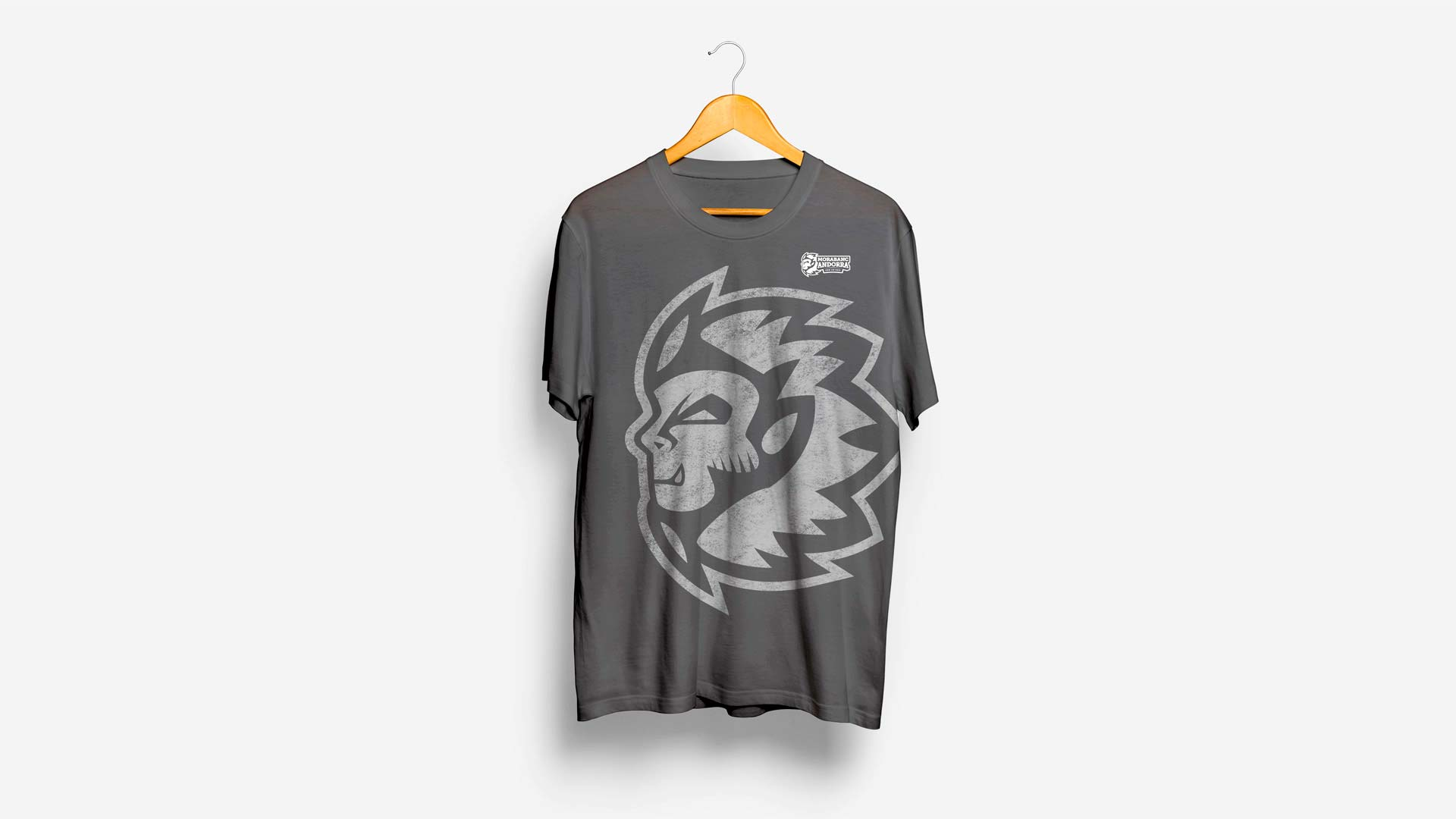 Rediseño Marca e Identidad Corporativa Morabanc Andorra - Camisetas